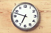 Retro wall clock — Photo