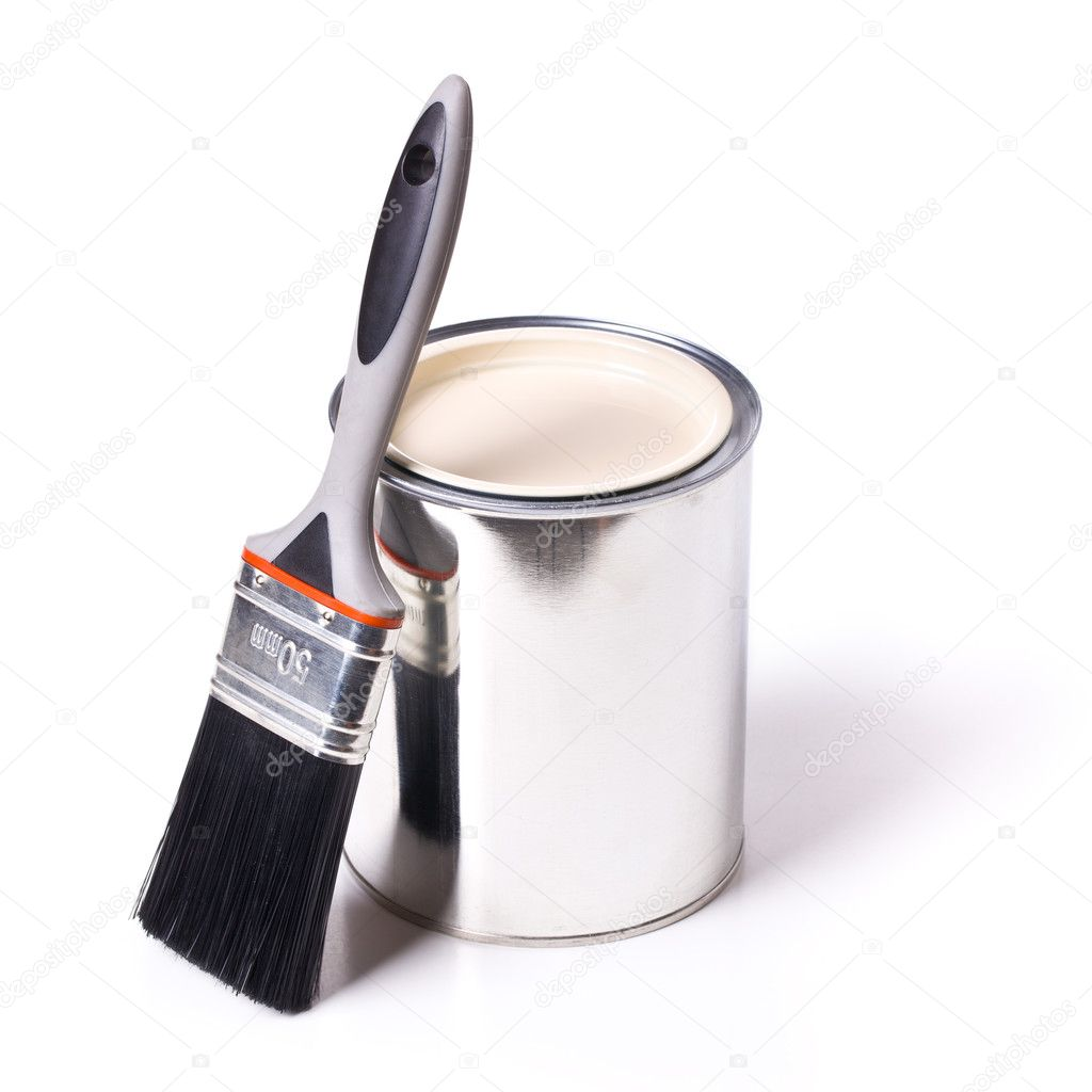 Paint brush and tin can on white background — Stock Photo #11637696