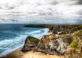 Dramatische cliff und küste landschaft in cornwall uk — Stockfoto