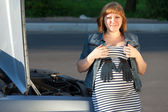 Pregnant Woman Near the Broken Car — Stock Photo