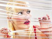 Vyděšená žena — Stock fotografie