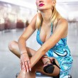 Girl waits flight - Stockfoto