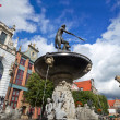 Fountain of the Neptune in old town of Gdansk — Stock Photo #11995886
