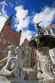 Fountain of the Neptune in old town of Gdansk — Foto Stock