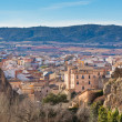 Spanish town in valley - Foto Stock