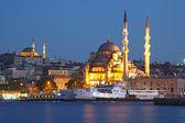 Amazing lighting Istanbul after suncet, evvening, Turkey — Stock Photo