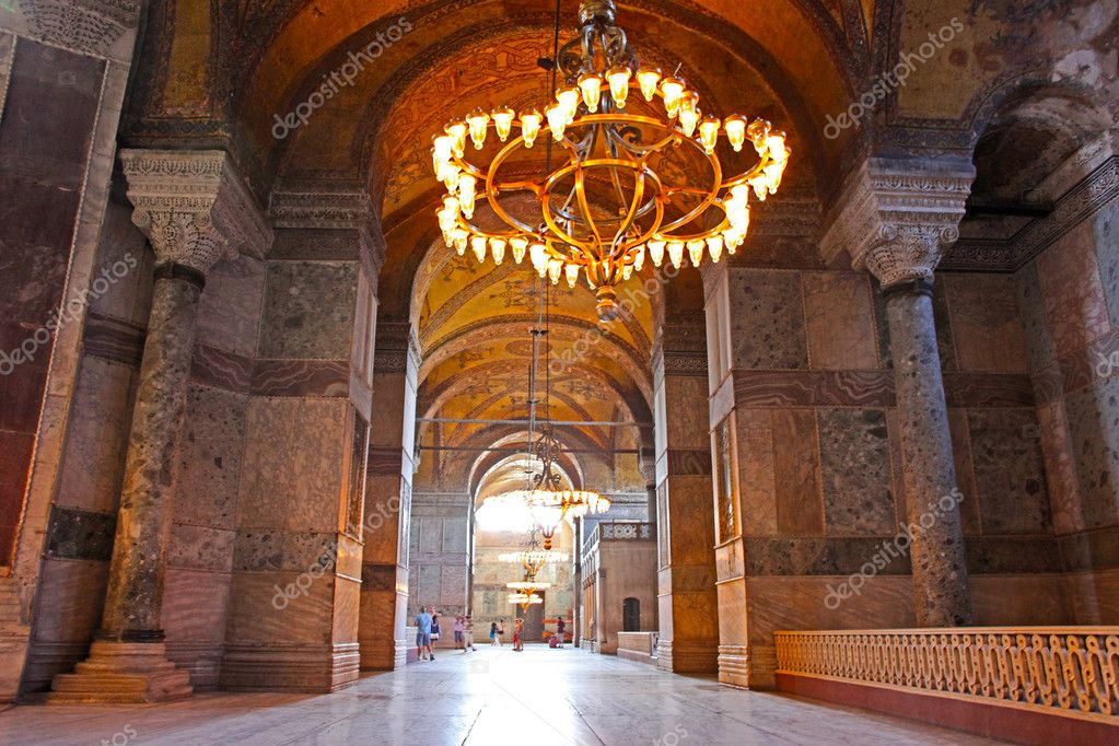 Interior of the Hagia Sophia in Istanbul, Turkey — Stock Photo #11562271