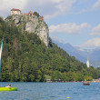 Colorful Bled, with the rock top castle in the background. Slovenia — Stock Photo