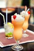 Summer fruit drink — Stock Photo
