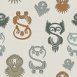 Seamless pattern with various owls on a neutral background. — Stockvectorbeeld