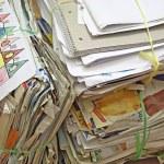 hromadu starého papíru pro recyklaci — Stock fotografie