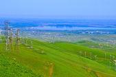 Aerogeneradores y verdes colinas — Foto de Stock