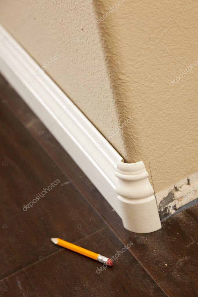 Laminate Flooring: Trim Around Laminate Flooring