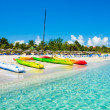 Boats on the cuban beach of Varadero — Stock Photo #10860169