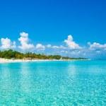 Varadero beach in Cuba photographed from the sea — Stock Photo