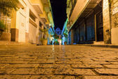 Narrow street at night in Old Havana — Stock Photo