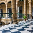 Beautiful spanish palace in Havana — Stock Photo