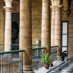 Beautiful spanish palace in Havana — Stock Photo