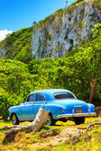 Old american car in the cuban countryside — Stock Photo