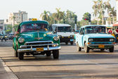 Vintage Chevrolet near the Capitol in Havana — Stock Photo
