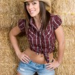Beautiful smiling pretty country girl — Stock Photo