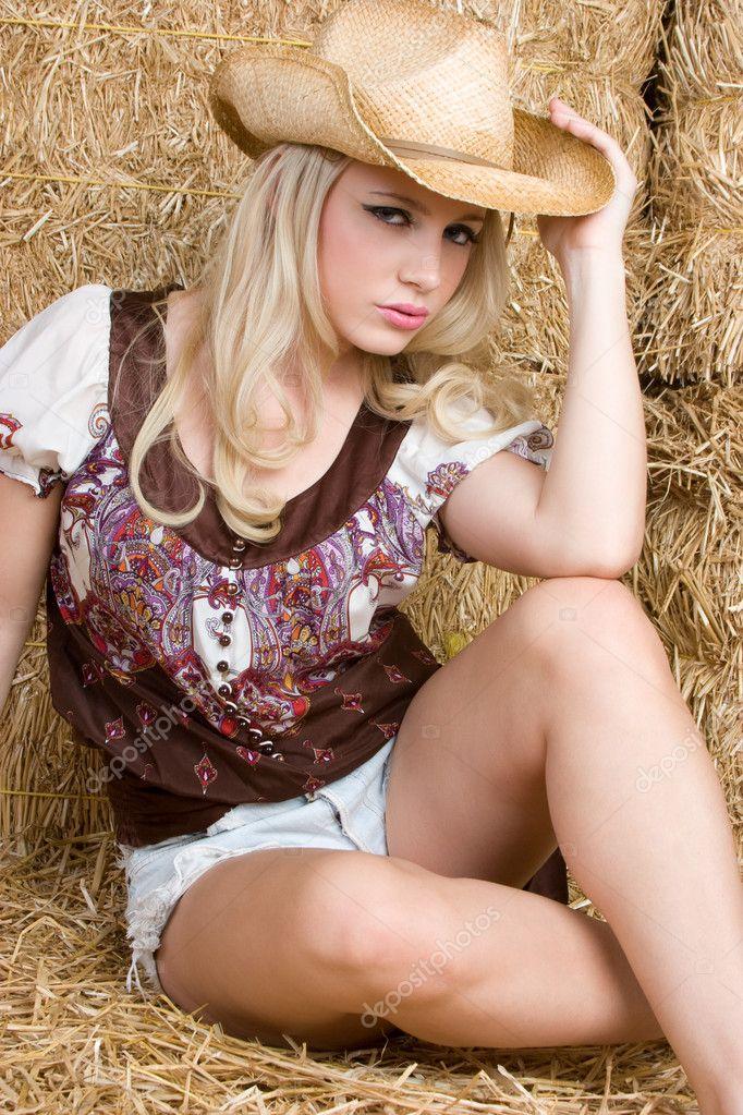 Порно фото дівчат в капелюхах 29395 фотография