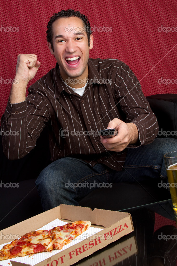 Watching TV with Beer and Pizza — Stock Photo #11003374