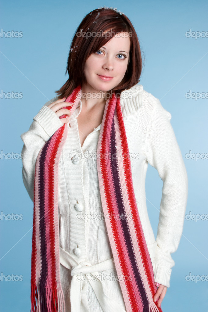 Woman Wearing Scarf — Stock Photo #11550962