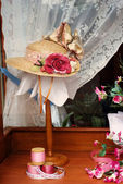 Damen Hut in Speicher-Auslage — Stockfoto