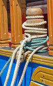 Mooring bollard with ropes — Stock Photo