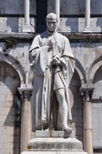 The statue of Francesco Burlamacch Lucca Italy — Stock Photo