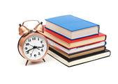 Relógio e livros — Foto Stock