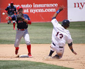 Reading Phillies' Cesar Hernandez completes the double play — Stock Photo