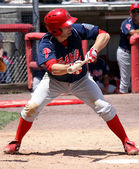 Reading Phillies' Tim Kennelly gets ready to bunt a pitch — Stock Photo