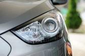 ヘッドの車のライト — ストック写真