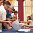 Voting in the preliminary elections (primaries) — Stock Photo