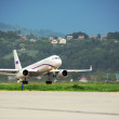 The TU-214SUS Russian government Squadron takes off from the airport of Sochi — Stock Photo