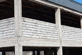 未完成的煤渣块房子 — 图库照片
