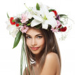 Beautiful woman with flower wreath — Stock Photo #11120894