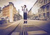 Hablando en una calle de negocios — Foto de Stock