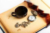 Pagina dell'album retrò con vintage orologio con catena — Foto Stock