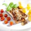 Grilled salmon with mushrooms and cherry tomatoes — Stock Photo