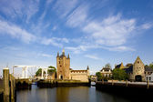 Medieval gate and drawbridge, Zierikzee, Zeeland, Netherlands — Stock Photo