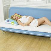 Mulher pregnat relaxante — Fotografia Stock