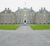 Paleis Het Loo Castle near Apeldoorn, Netherlands — Stock Photo