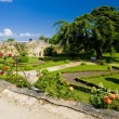 Garden of Chateau de Montreuil-Bellay, Pays-de-la-Loire, France — Stock Photo #11282913