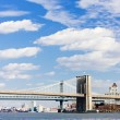 Stock Photo: Brooklyn Bridge and Manhattan Bridge, New York City, USA