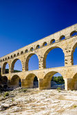 Roman aqueduct, Pont du Gard, Languedoc-Roussillon, France — Stock Photo