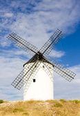 Moulin à vent, alcazar de san juan, castille-la mancha, espagne — Photo