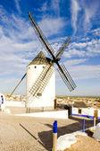 Větrný mlýn, campo de criptana, Kastilie la mancha, Španělsko — Stock fotografie